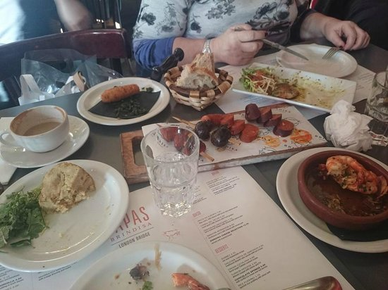 Tapas Brindisa London Bridge : a selection of dishes