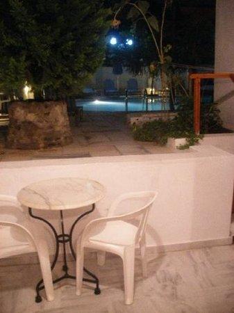 Sunflower Hotel : balcony