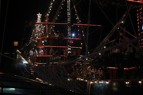 Captain Hook Barco Pirata Pirate Ship : ship