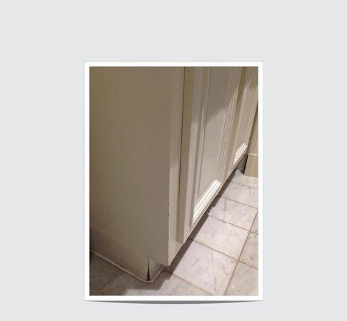 The Ritz London: the famous bathroom