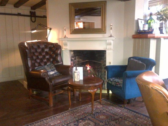 The Old Drum: Cozy fire place