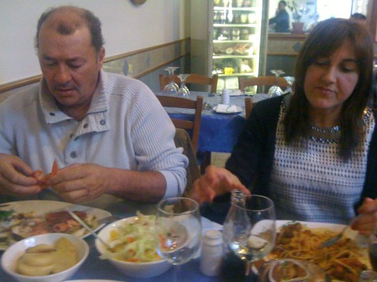 Ir-Rizzu Restaurant: My Parents @ The Rizzu Restaurant: Best Experience Ever And Amazing Food