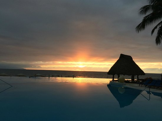 Grand Velas Riviera Nayarit: Gorgeous sunset!