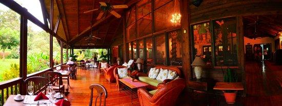 The Lodge and Spa at Pico Bonito: Dining Area