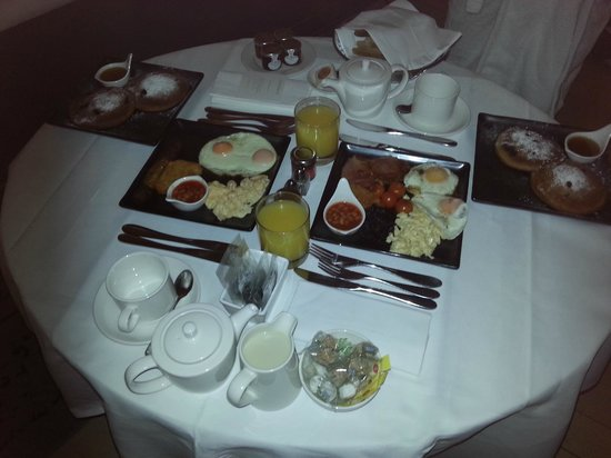 Sanderson London Hotel: Brilliant Staff, Great Breakfast & stylish rooms!