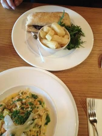 The Fitzwilliam Hotel Belfast: Steak Panini and Seafood Pasta in Bar