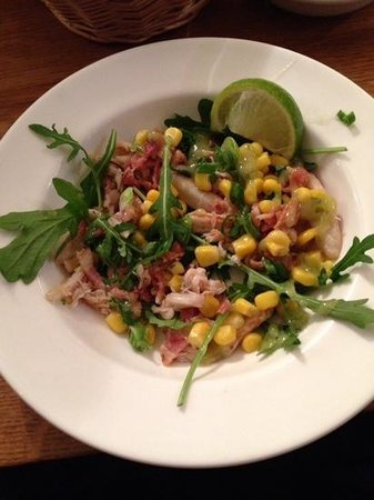 Smiths Restaurant: Crab, bacon & rocket salad