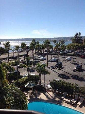 Hilton San Diego Airport/Harbor Island : balcony view