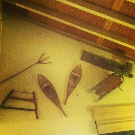 Aston Lakeland Village Beach & Mountain Resort: Decor of our room