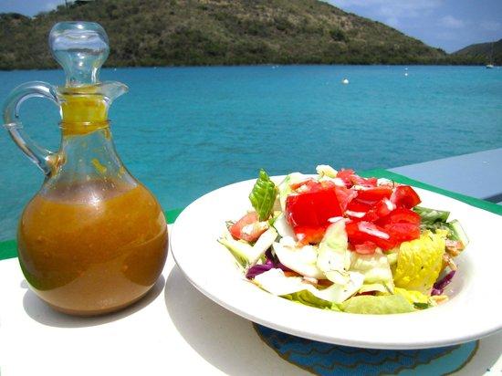 Fat Virgin's Cafe: Fresh Salad