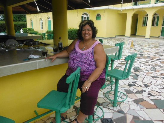 Villa Sonate: Hanging out waiting for dinner...