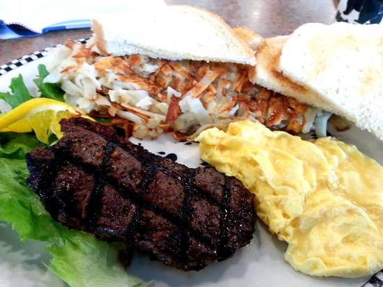 Black Bear Diner : NY steak and eggs special