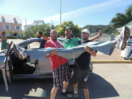 Murphy's Roatan Tours : We tried taking Murphy back to the ship with us!!!  Awesome guy
