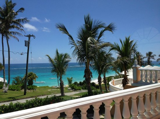 Coco Reef Resort Bermuda : Bermuda is a great destination