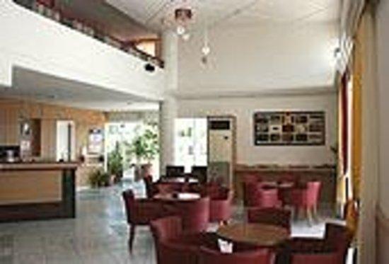 Hotel Irinna: Σαλόνι - Υποδοχή