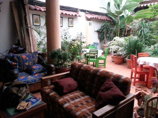 Hotel San Luis: atrio
