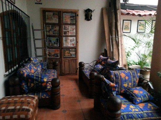 Hotel San Luis: atrio 3