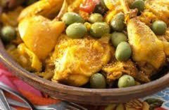 Soleil d'Agadir : Tajine poulet olives citron