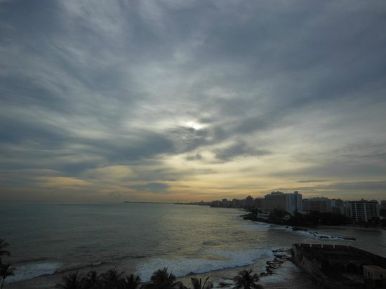 Caribe Hilton San Juan: Sunrise at the Caribe