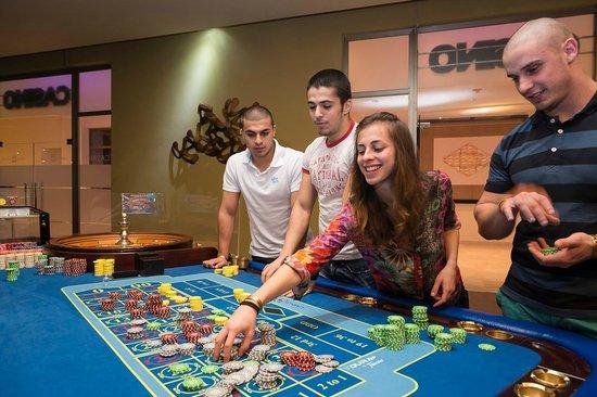 Grand Memories Splash: Casino