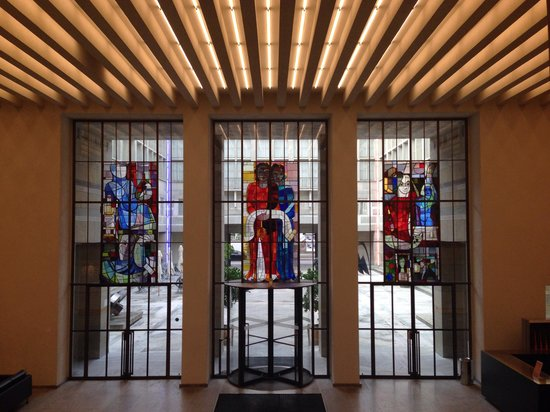 Kunstmuseum Basel: Stained glass