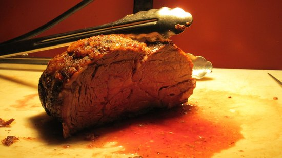 Black Iron Grill : prime rib buffet