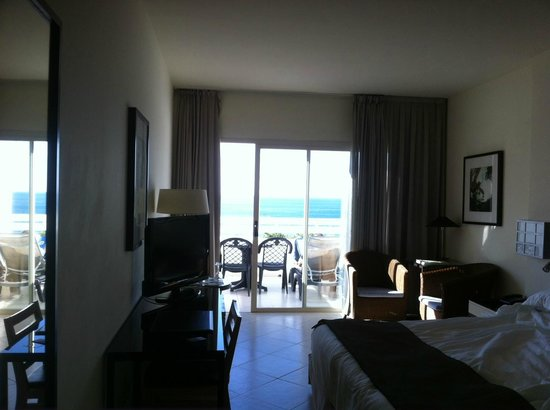 H10 Estepona Palace: the room