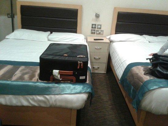 Cromwell International Hotel: Camera doppia con sorpresa (letto in più)