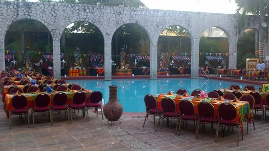 El Cid Granada Country Club: Setup for Mexican Festival