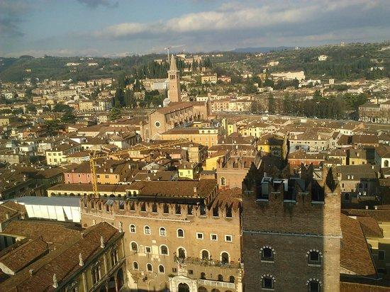 Torre dei Lamberti: Panorama sulla città di Giulietta