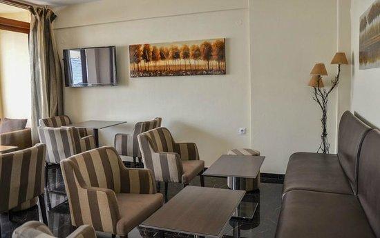 Anthena Studios: Χώρος υποδοχής/καθιστικό/αίθουσα πρωινού