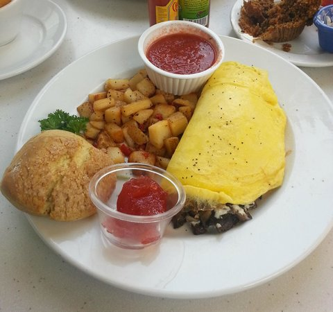 The Cottage La Jolla: Wild Mushrooom Omelette