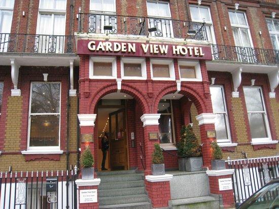 Garden View Hotel: ingresso
