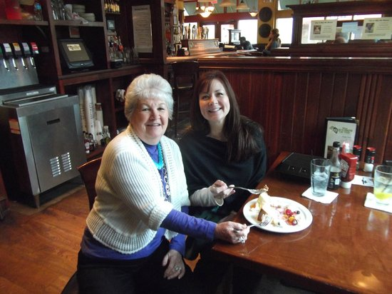 The Goose's Acre: Sharing the wonderful Cheesecake !