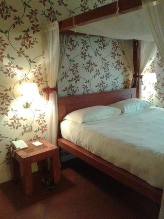 Rocca Civalieri: camera accogliente