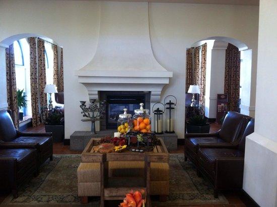 Hilton Garden Inn Las Cruces: Lobby