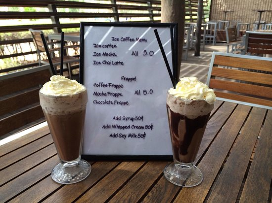 Deck Eatery & Bar: Coffee and Chocolate Frappe