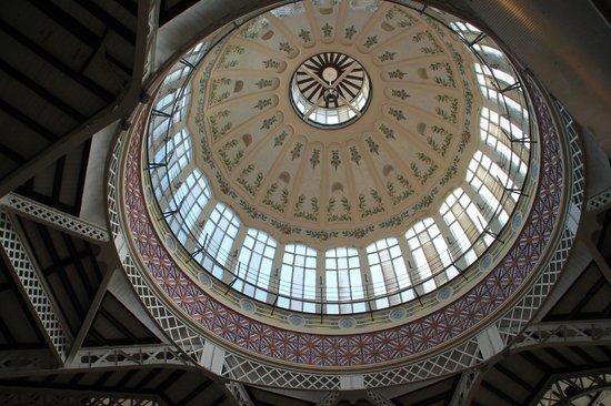 Plaza del Mercado (Plaça del Mercat): La cúpula