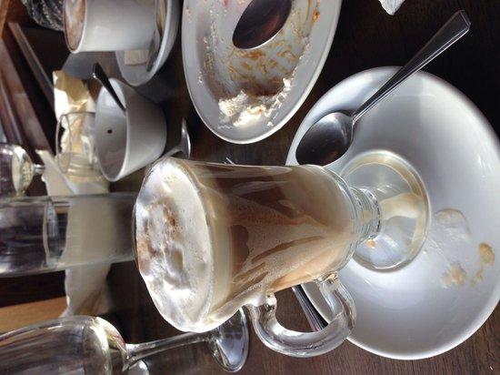 Redcastle Hotel: Latte very good latte too
