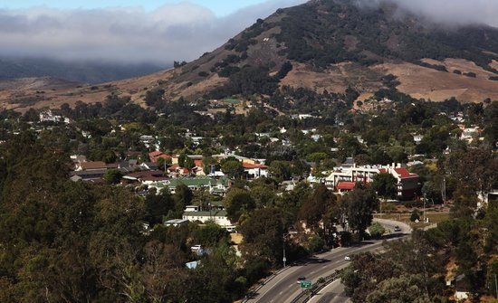 La Cuesta Inn: La Cuesta foothills