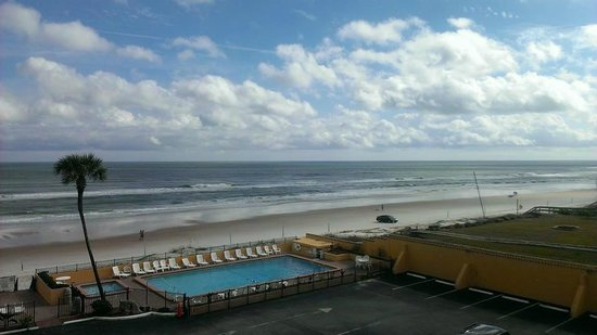 Quality Inn & Suites On The Beach: View from our room