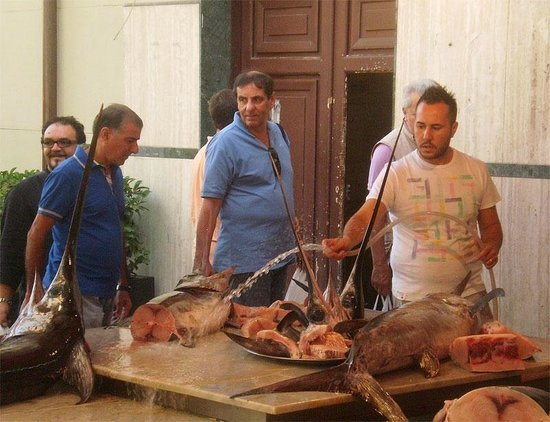 Mercato Ballarò: Свежайшая рыба