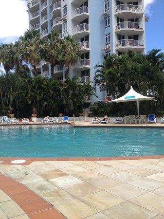 Bel Air on Broadbeach: nice pool