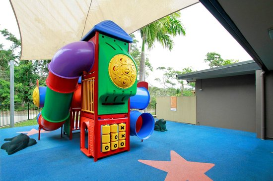 Reef Gateway Hotel: Our indoor and outdoor kids area will keep the kids busy!