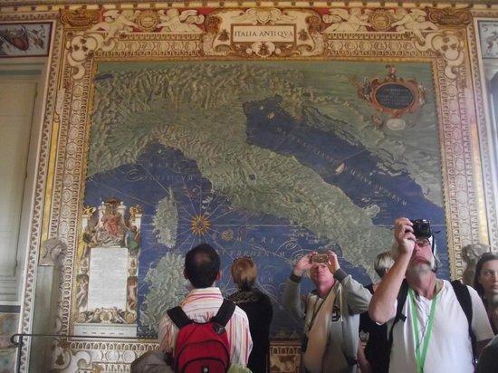Vatikanische Museen (Musei Vaticani): Sala dos mapas