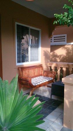 Delux Villa: Terrace