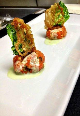 Saketome Sushi: Salmon Tartar