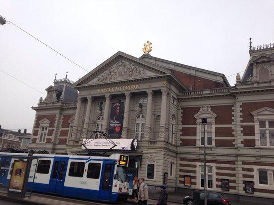 Concertgebouw : Outside