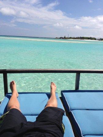 Anantara Dhigu MaldivesResort : view from our private deck, overwater villa