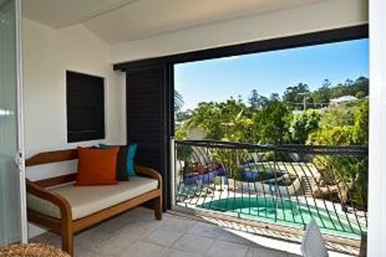 Noosa Blue Resort : Pool view from a Penthouse Suite